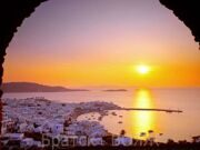 normal_The_Cyclades_Islands_at_Sundown,_Greece
